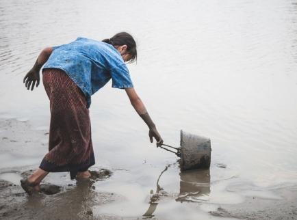Von unreinem Wasser ausgelöste Krankheiten können weitaus grössere Auswirkungen haben als die Katastrophe selbst.