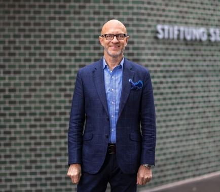 Nach 20 Jahren als Geschäftsführer bei verschiedenen KMUs hat Alexander Howden die Leitung der Stiftung St. Jakob übernommen.