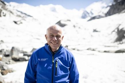 Felix Keller ist an der Academia Engiadina in Samedan sowie an der Hochschule für Technik und Wirtschaft in Chur beschäftigt.